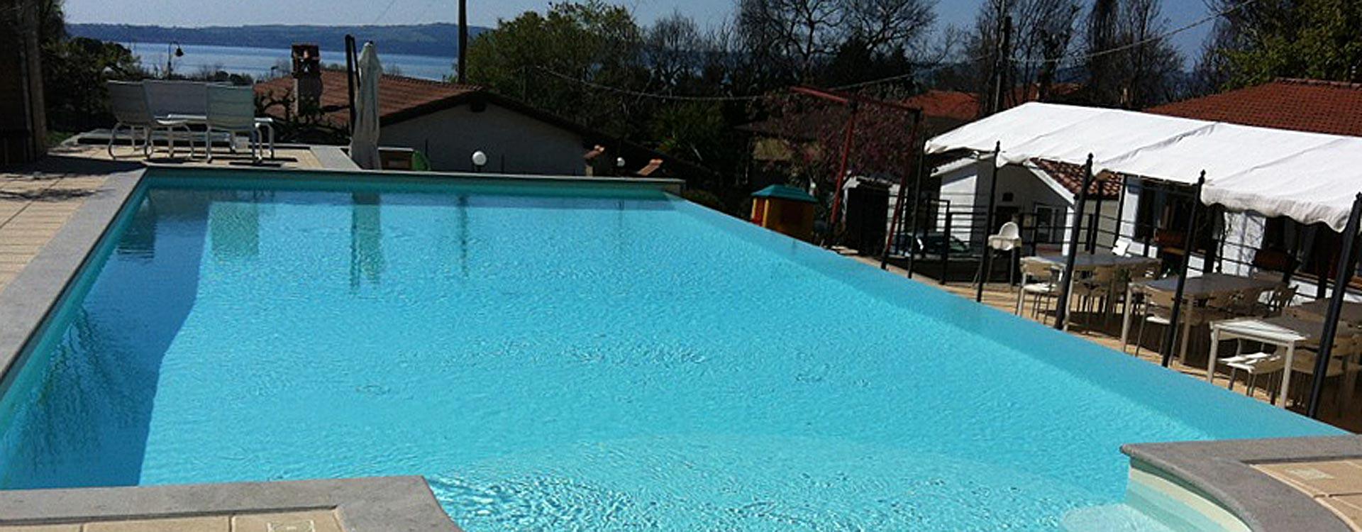 piscina-ristorante-esterno